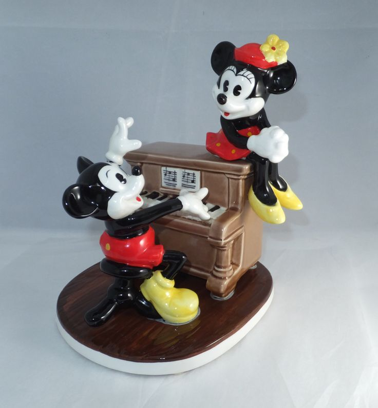Vintage Disney Music Box Mickey Mouse And Minnie Mouse