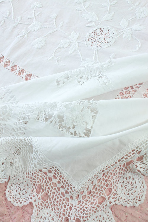Oh how I love this linen and lace.