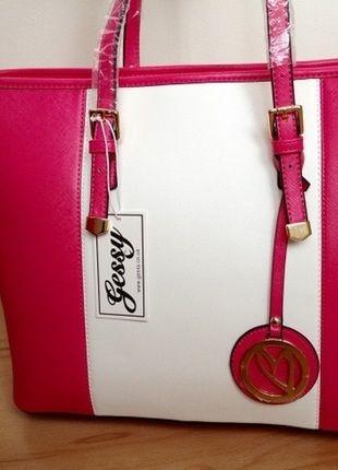 Kupuj mé předměty na #vinted http://www.vinted.cz/damske-tasky-a-batohy/kabelky/10877002-nova-ruzovo-bila-kabelka-gessy-london-classic