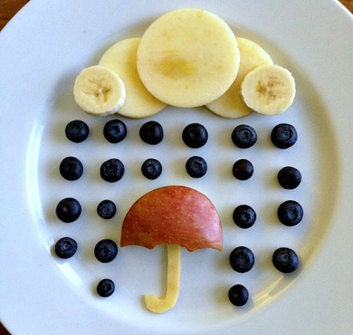 Cauliflower clouds and oatmeal owls? You'll eat them up after you see photos of one mom's stunning mealtime creations.
