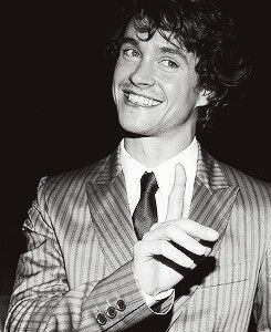 Hugh Dancy @ King Arthur  premiere