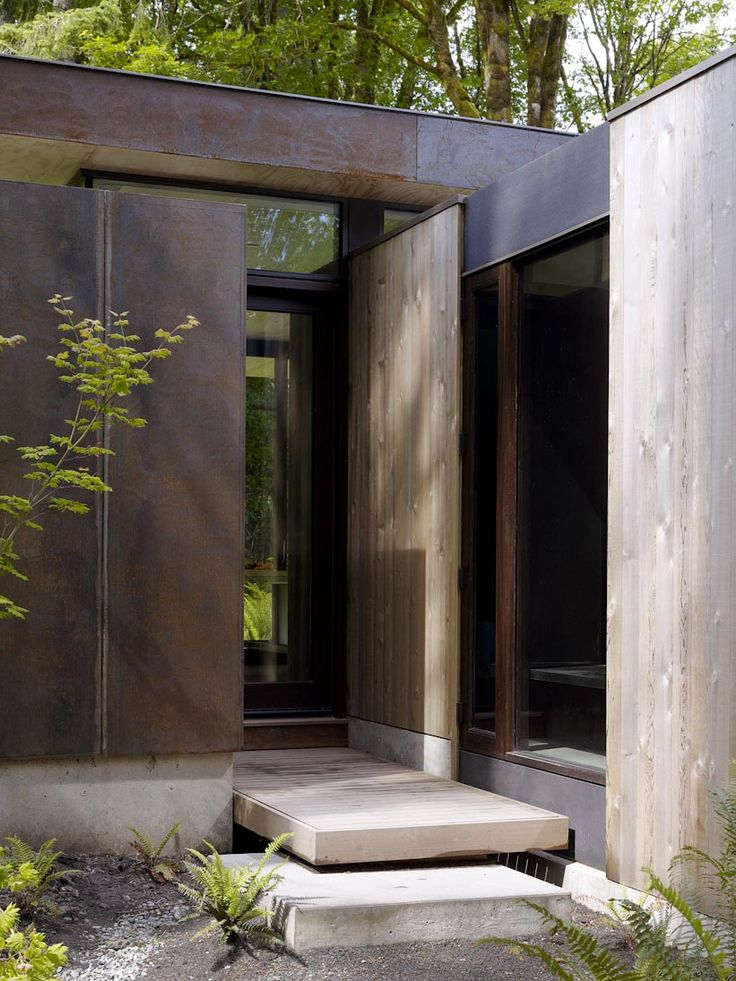 Front entry for my home. Very private, zen... mw works architecture / case inlet house