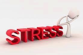 Τρόποι για να ανακουφιστείτε από το άγχος:   1. Βεβαιωθείτε ότι έχετε τακτικά και υγιεινά γεύματα. Αρκετά σε αριθμό μικρά γεύματα μπορεί να λειτουργήσουν καλύτερα.  2. Για μερικά λεπτά κάθε μέρα, καθίστε ήσυχα με τα μάτια κλειστά. ... Δείτε περισσότερα