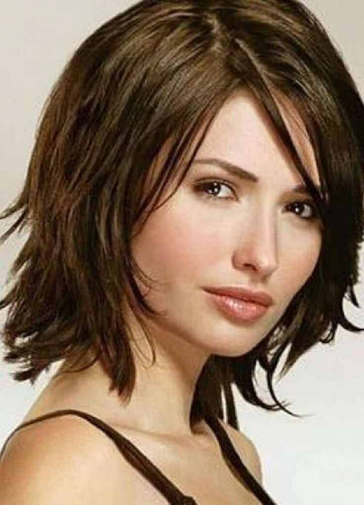 Italienischer Haarschnitt Ein Spektakulares Analogon Einer Langweiligen Kaskade Analogon Ei Medium Hair Styles Womens Hairstyles Medium Length Hair Styles