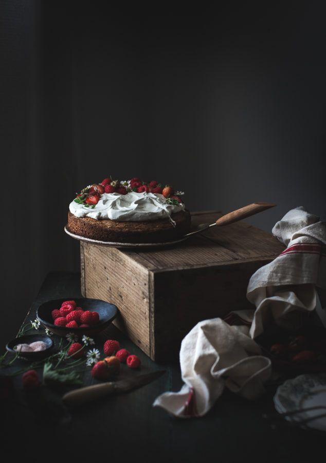 http://thekitchenmccabe.com/2017/09/24/browned-butter-buckwheat-cake-vanilla-cream-berries/?utm_source=feedburner