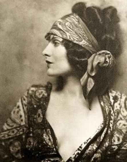 Evelyn Brent, silent movie star 1899-1975