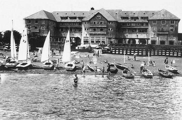 Vista del Hotel Pucón en el año 1944.