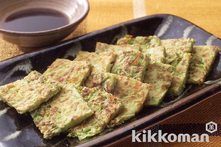 キャベツとにんじんのジョン(韓国風お好み焼き)のレシピをご紹介。にんじんとキャベツと鶏卵とその他の穀類を使って簡単お手軽に調理できます。炒め物や煮物から揚げ物まで様々な献立レシピを簡単検索!お弁当や健康(ダイエット)レシピもご用意しています。キッコーマンのレシピサイト【ホームクッキング】