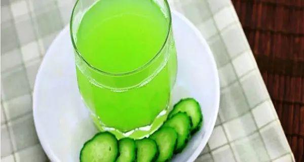 Togli il grasso alla Pancia con questa semplice bevanda prima di andare a letto!