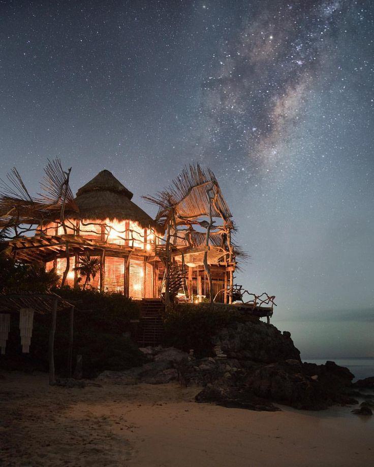 52.4 тыс. отметок «Нравится», 287 комментариев — EARTH FOCUS (@earthfocus) в Instagram: «A candlelit treehouse resort on the beach in Mexico, paradise found by @king_roberto Follow…»