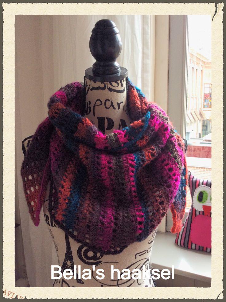 Baktus crochet shawl