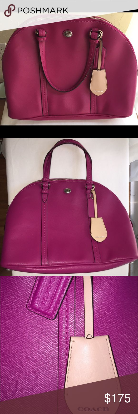 Fuchsia Coach Purse OMG Cute Coach Bag!!!  Bag is in excellent condition Super Clean!! Please look at photos.  Open to offers😀!  Thanks for looking!  ✌️❤️❤️ Coach Bags Hobos