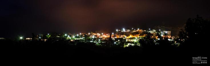 Το πανέμορφο χωριό της Ανατολής τη νύχτα!  The beautiful village of Anatoli at night!