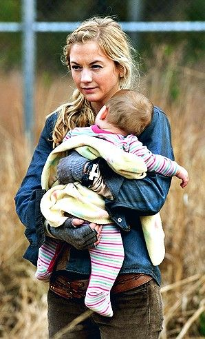 "The Walking Dead - Beth and Judith - ""A"""
