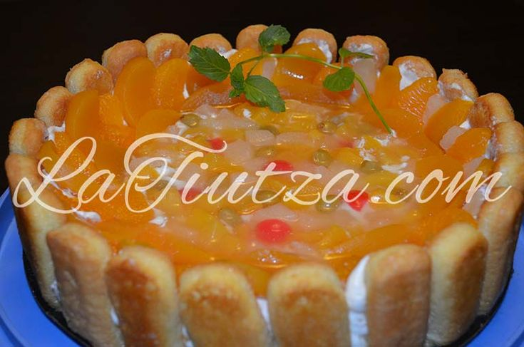 Tort cheesecake necopt cu fructe si piscoturi de sampanie