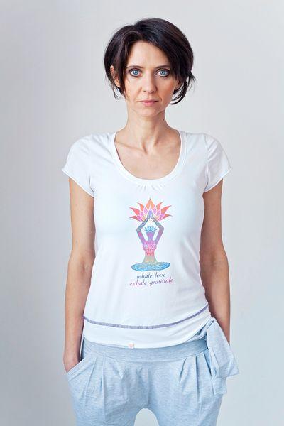 Inhale LOVE exhale GRATITUDE T-SHIRT w MoreLove  na DaWanda.com