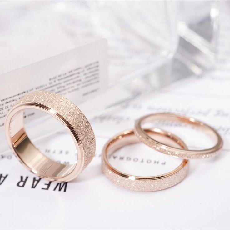 Alianza de compromiso de acero inoxidable de color oro rosa. Tres anchos diferentes – #alli …   – Damenschmuck und Accessoires