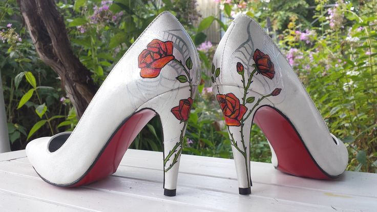 Stilettos & Roses via Atelier A!UREA  *comenzi si detalii produs: 0733 303 038 (whatsApp), contact@atelieraiurea.ro