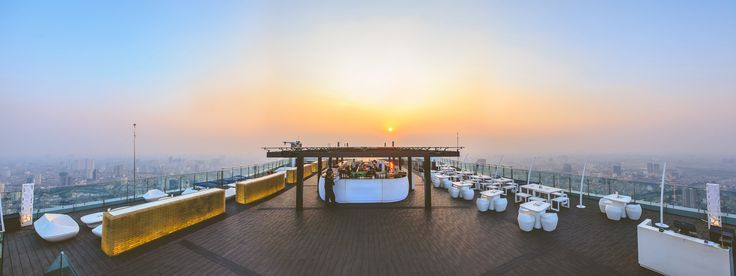 """If you look for the best view of Hanoi, go to the 65th floor of the Lotte Hotel Hanoi. At the """"Top of Hanoi"""" you find neon colors, fresh beats and sleek design."""