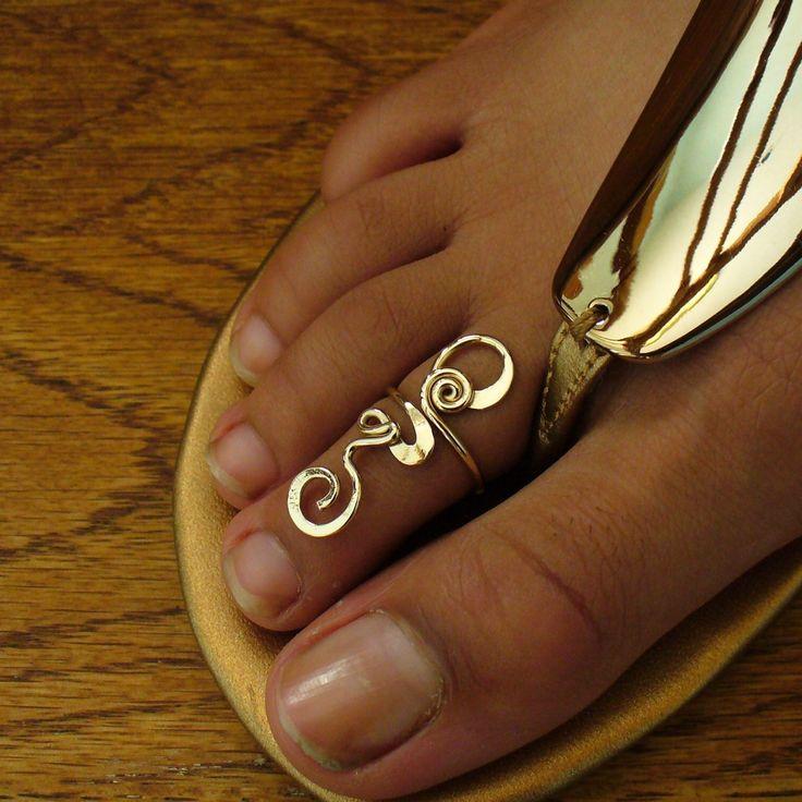 toe ring - want it so bad!!! Love