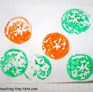 Apple Star Stamp Cut An In Half Carefully Seed Use It To Dip Paints For Kids Art Cool