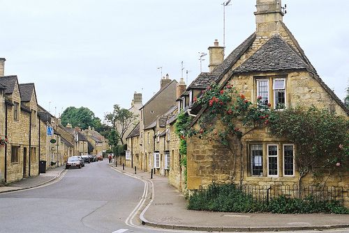 Chipping Camden, England. One of the cutest villages in the Cotswolds that I visited!