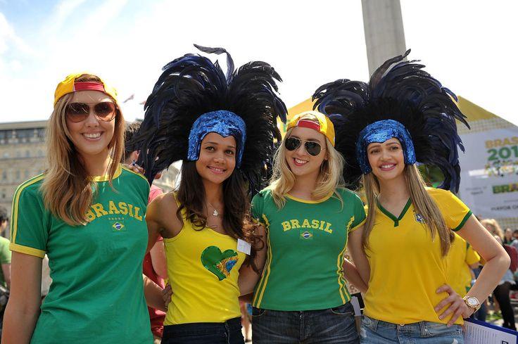 World Cup 2014 ~ Beautiful Brazil Fans #WorldCup #Brazil #Beautiful #Football