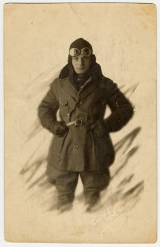 A studio portrait of Fritz Bujakowski, a German-Jewish aviator in World War I.  He and his family were murdered in Auschwitz in 1942.  The picture is from the US Holocaust Memorial Museum collections.