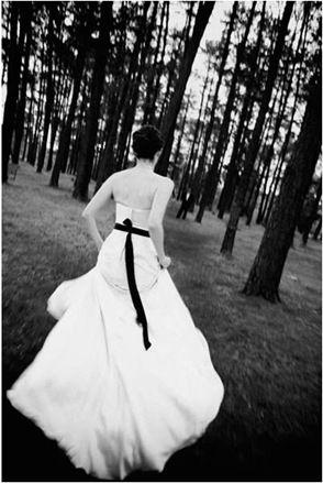 Snapshot Sunday - Runaway Bride - Polka Dot Bride