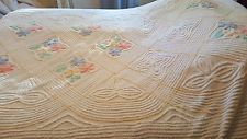 Vintage Chenille bedspread Twin Size, Beautiful pastel colors