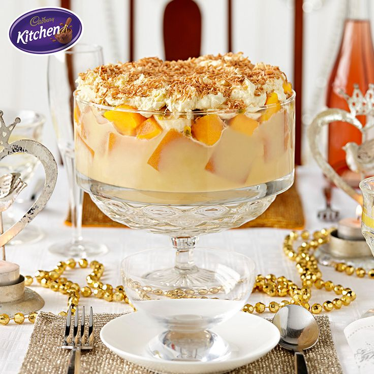 Round off your Boxing Day BBQ with a sweet treat. The combo of fruit, white chocolate and a splash of rum in this White Chocolate Summertime Trifle makes for a creamy dessert that tastes like a dream come true.  #happynewyears #trifle #summer #cadbury #dessert #baking
