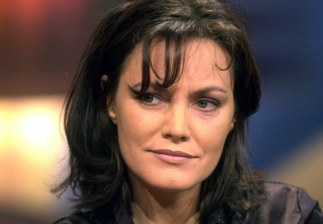 """Große Trauer um eine der bekanntesten deutschen Schauspielerinnen: Am Freitag gab das ZDF bekannt, dass Maja Maranow am 4. Januar im Alter von 54 Jahren gestorben ist. Verschiedene Medien berichten nun über die Todesursache: Die """"Ein starkes Team""""-Darstellerin soll an Krebs erkrankt gewesen sein, heißt es."""
