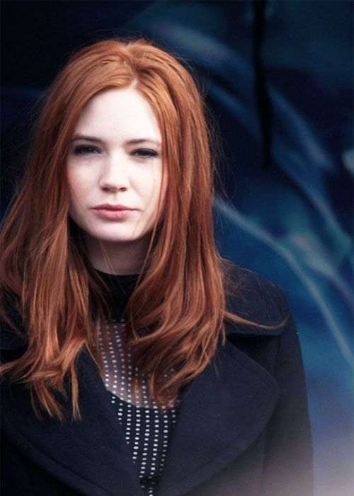 Dr Who star Karen Gillan was found naked - The News Of