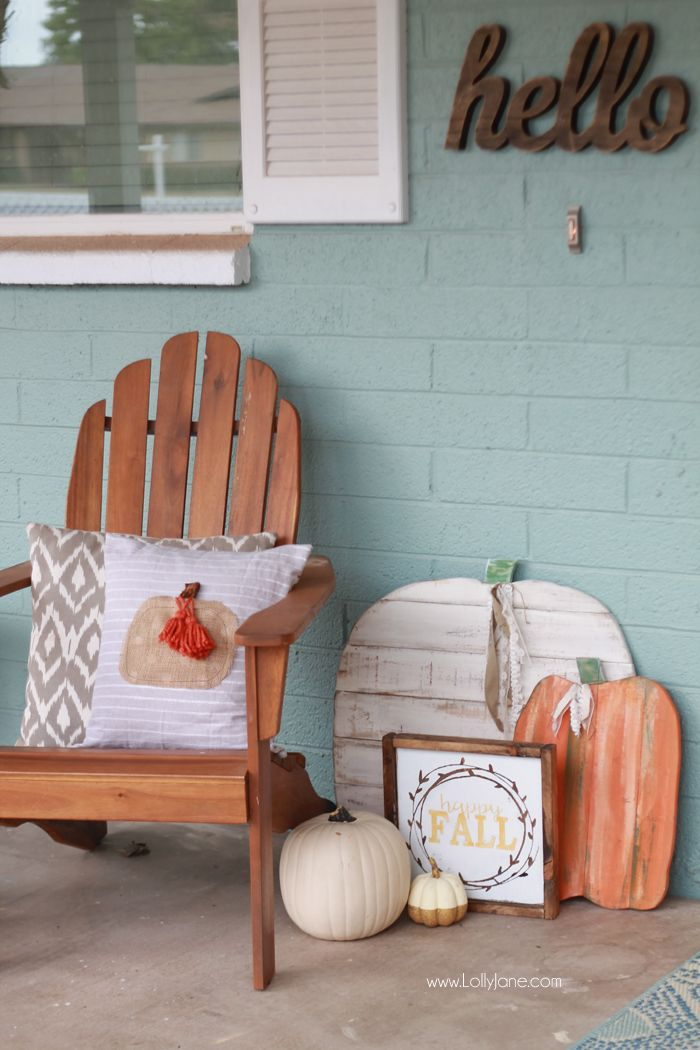Easy DIY Fall Pumpkin Pillow tutorial