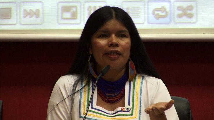 Patricia Gualinga en Diálogos de Enlázate por la Justicia