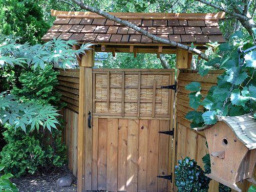 Japanese Fence, Japanese Gardens, Wooden Gates, Japanese American, Asian  Garden, Gate Ideas, Garden Gate, Landscape Designs, Fences
