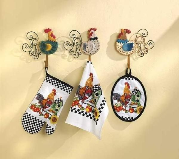 17 best ideas about rooster decor on pinterest chicken for Rooster kitchen ideas