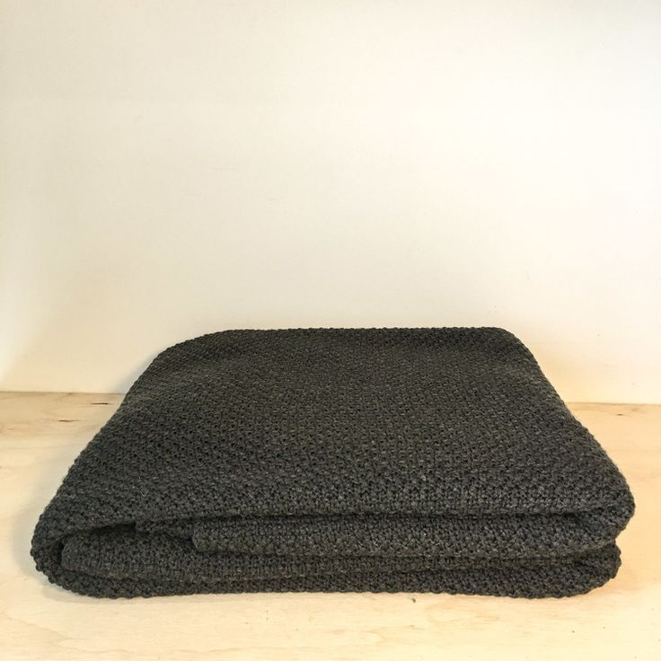 Moss Wool Queen Blanket