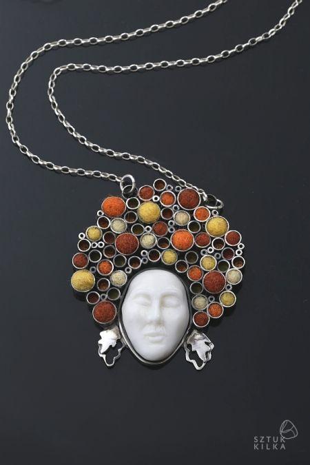Autumn - silver pendant / porcelain - Jesień – wisior ze srebra i porcelany | Sztuk Kilka