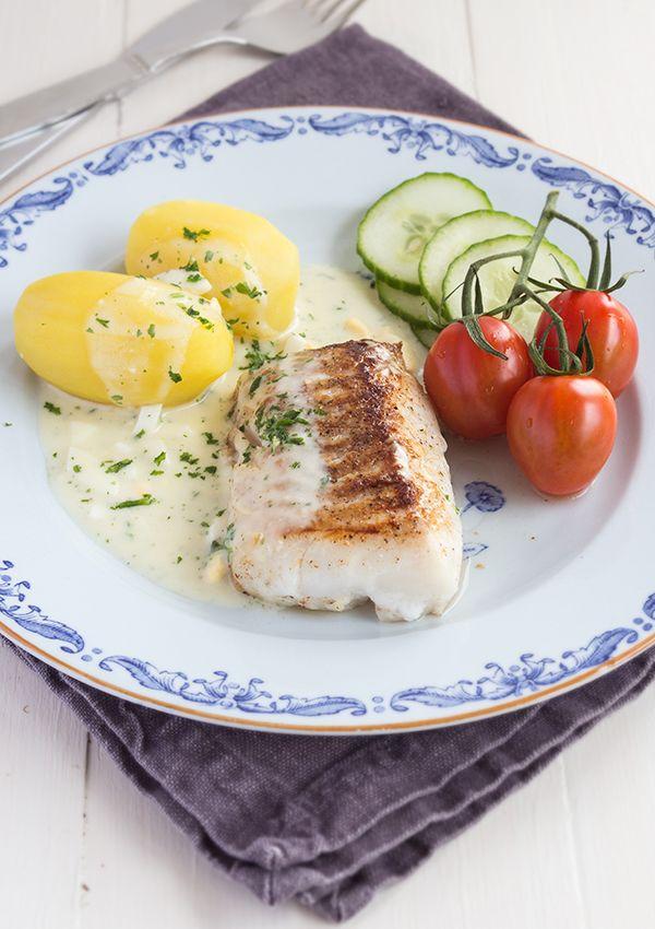 Cod with egg sauce. (Torsk med äggsås.)