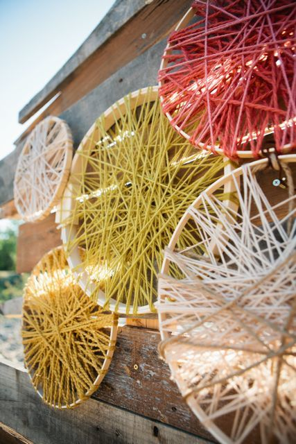 Yarn art... I like this idea! Never been a huge fan of the fabric hoops, but this I like