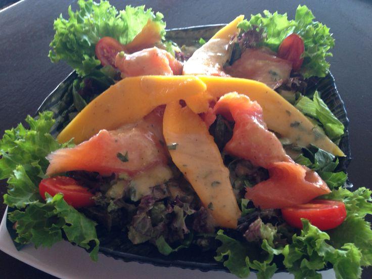 Fresh Mango and Salmon Salad