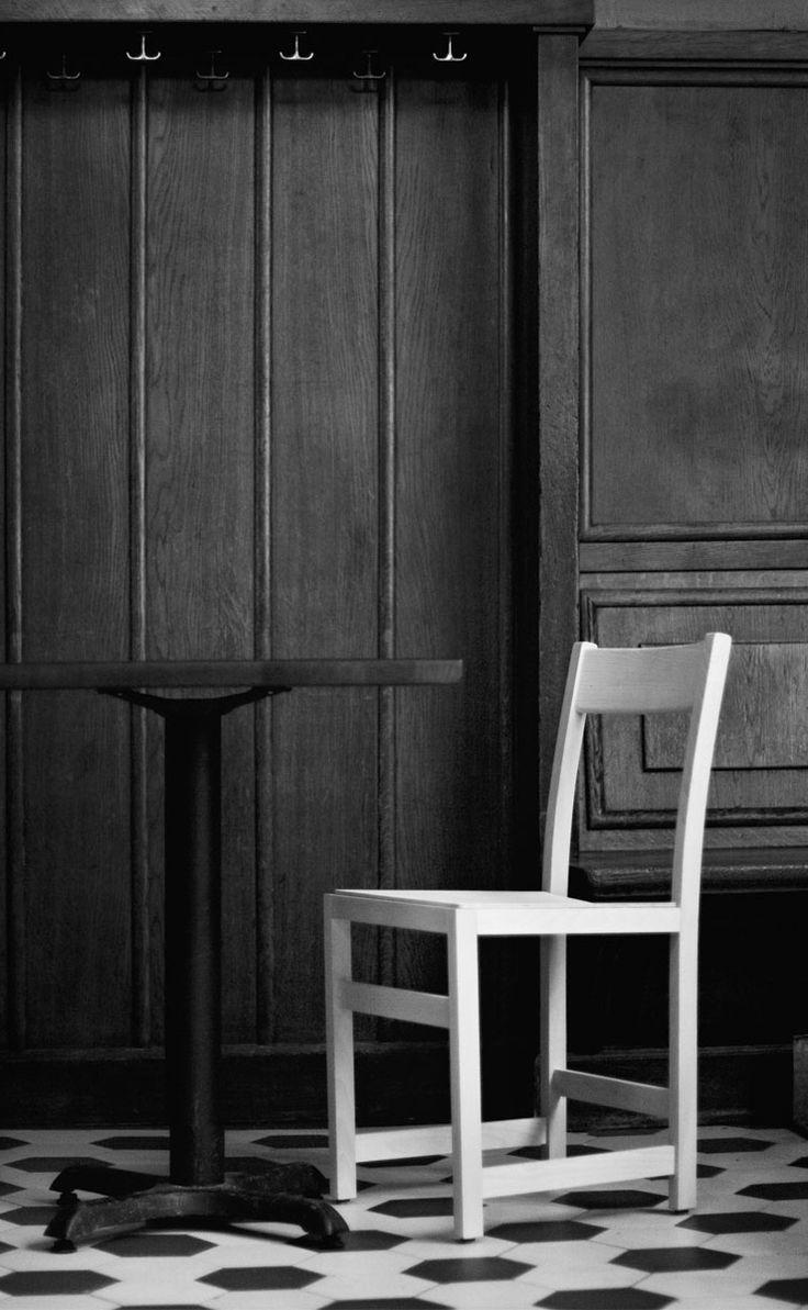 Waiter chair, Massproductions