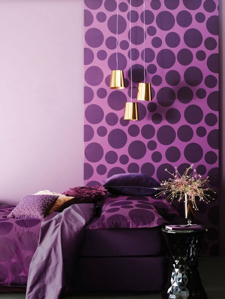 Purple and gold. Nothing more needed to get a classy touch to your bedroom ! www.fototapet.ro #design#designer#interior#housing#architecture#wallpaper#colours#hint#materials#texturing#decor#decration#colourterapy#paper#latex#wall#design#art#perspective#glass#transparency