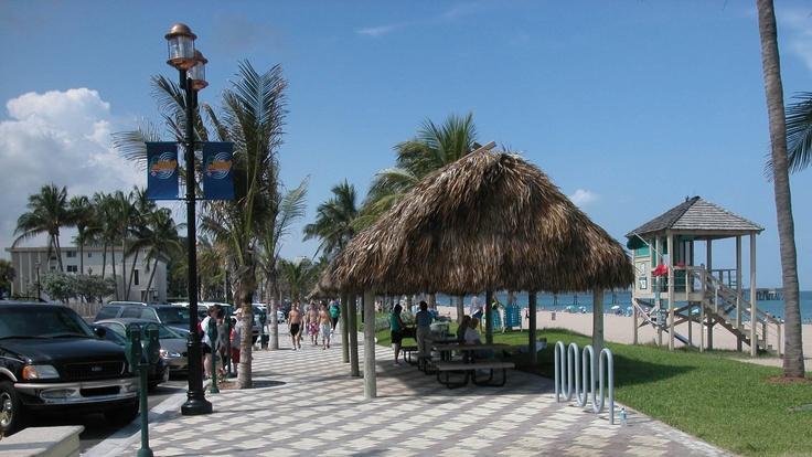 Deerfield Beach Ocean Way, streetscape, covered thatch picnic table (Deerfield Beach, Florida)