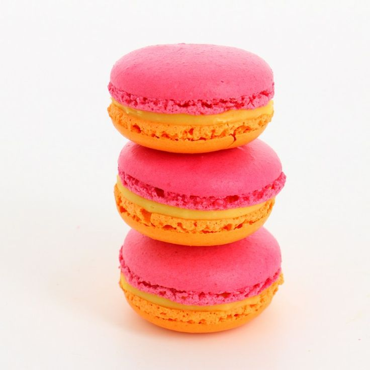 Macaron heaven at Christophe Roussel, Montmartre Paris - Complete Guide to Macaron Day in Paris 2016 | Mad about Macarons! Le Teatime Blog in Paris
