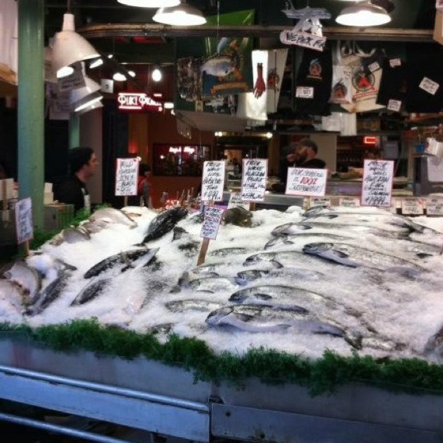 17 best images about favorite places on pinterest pebble for Famous fish market in seattle