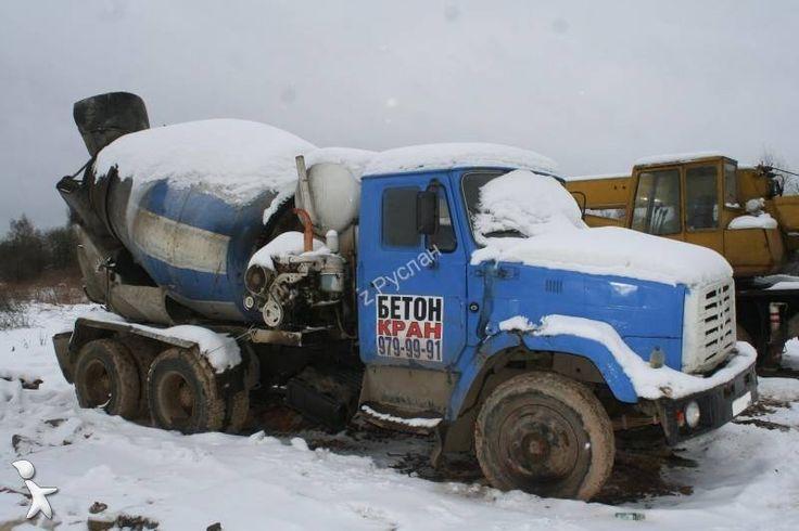 ZIL 131 cement mixer