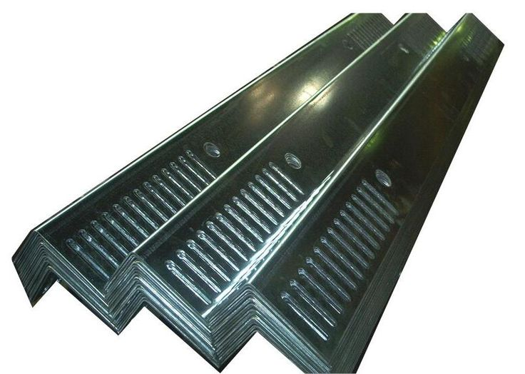 Best Forming And Fabrication Of Basic Steel Angles At Steeltec 640 x 480