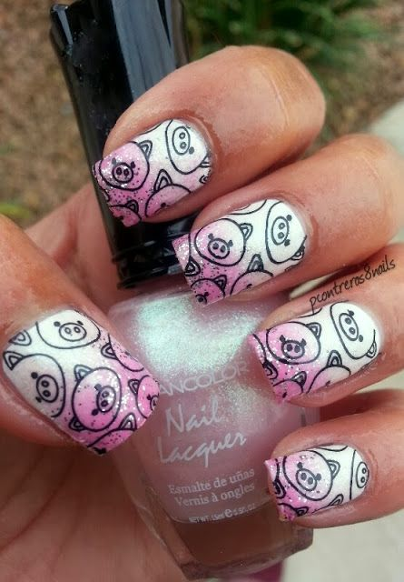 pcontreras8nails: Piggy Nails                             Sara E., you should get these at your next manicure.